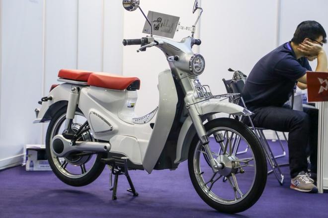 Nhieu xe may 'made in China' xuat hien tai trien lam Autotech 2018 hinh anh