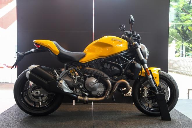 Ducati Monster 821 doi 2018 ra mat, gia 400 trieu dong o VN hinh anh
