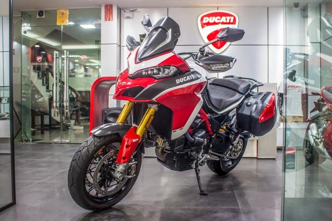 Ducati Multistrada Pikes Peak 2018 gia ngang Toyota Camry tai VN hinh anh