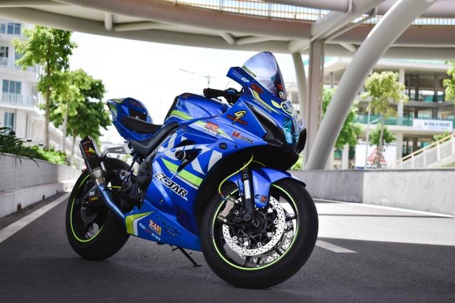 Biker Viet chi hon 100 trieu len do cho Suzuki GSX-R1000 hinh anh