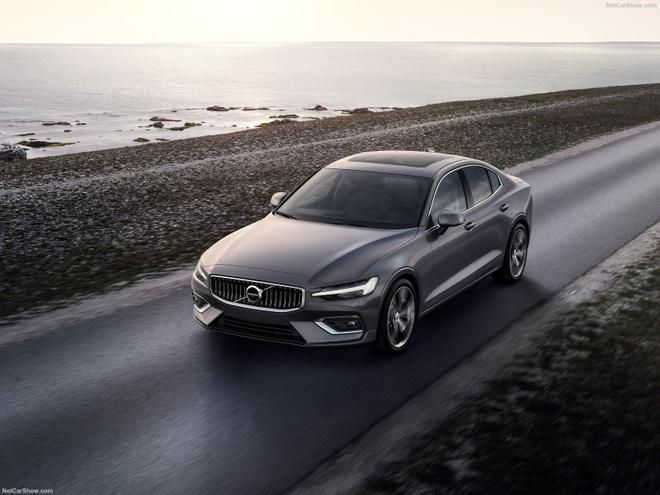 Volvo S60 2019 chinh thuc ra mat hinh anh