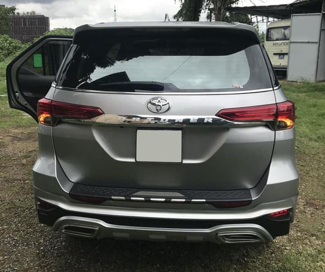 Toyota Fortuner cu di hon 30.000 km rao ban dat hon xe moi hinh anh 2