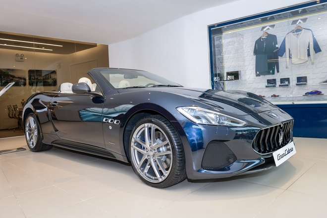 Maserati GranCabrio Sport 2018 gia hon 17 ty dong ve Viet Nam hinh anh