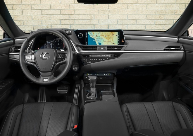 Lexus ES 2019 gia tu 39.500 USD, doi thu Mercedes E-Class hinh anh 6