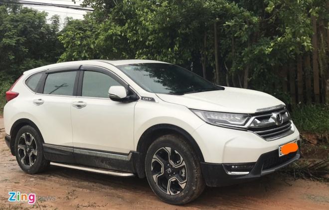 Khach to Honda CR-V 2018 vua su dung da bi gi set gam xe hinh anh 1