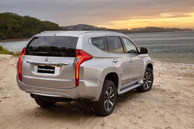 Mitsubishi Pajero Sport may dau gia 1,062 ty dong - doi dau Fortuner hinh anh 2