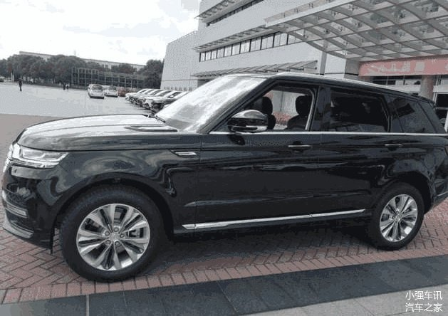 Zotye tung mau T900 nhai Range Rover Sport gia bang 1/6 hinh anh