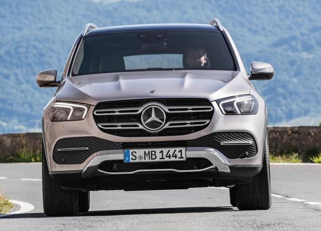Mercedes-Benz GLE 2020 ra mat - suc ep cho Audi Q7 va BMW X5 hinh anh