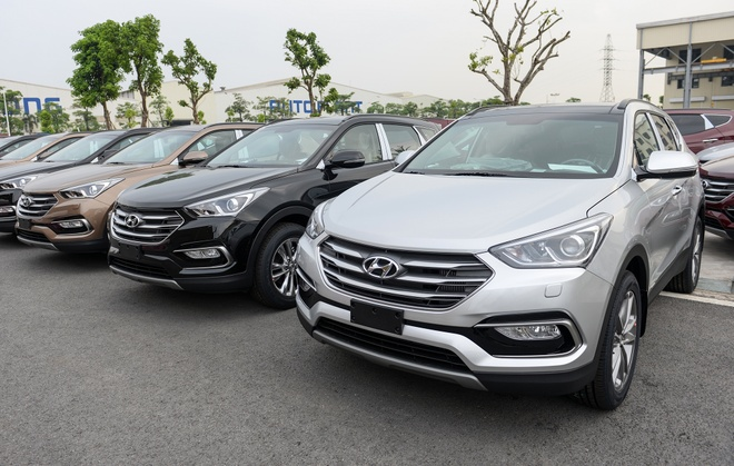 Hyundai SantaFe 2019 sap ra mat, ban cu chenh gia hon 100 trieu hinh anh