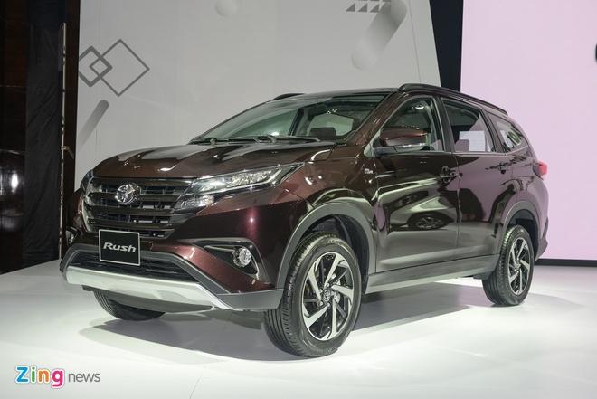 Toyota ra mat 3 xe nhap khau tai Viet Nam, gia tu 345 trieu dong hinh anh 4