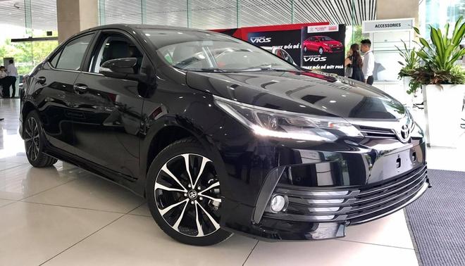 Toyota tang gia Corolla Altis tai Viet Nam, cao nhat 38 trieu dong hinh anh