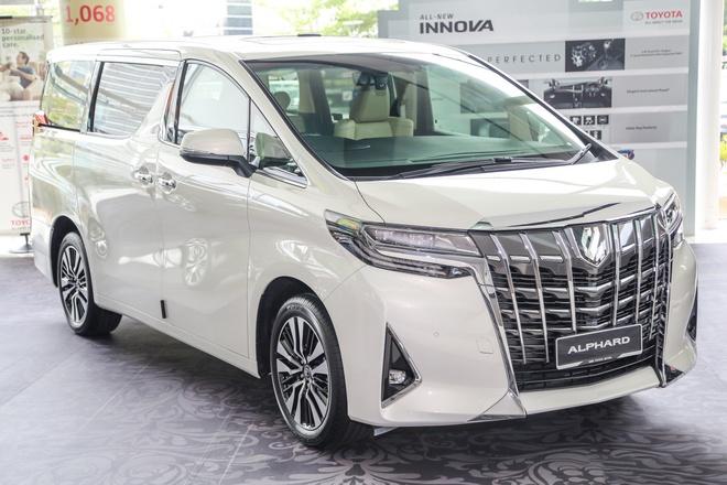 Toyota Alphard 2018 co gia hon 4 ty dong tai Viet Nam hinh anh