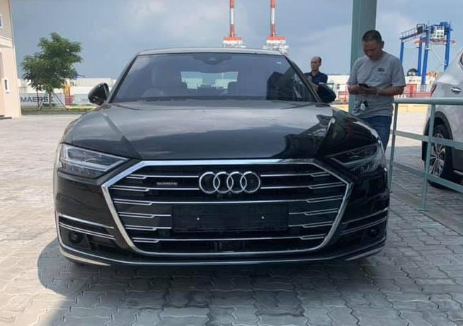 Audi A8 2019 nhap khau tu nhan gia hon 300.000 USD tai Viet Nam hinh anh