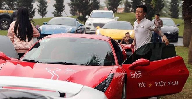 Sieu xe Ferrari 488 GTB cua ca si Tuan Hung gap nan hinh anh 4