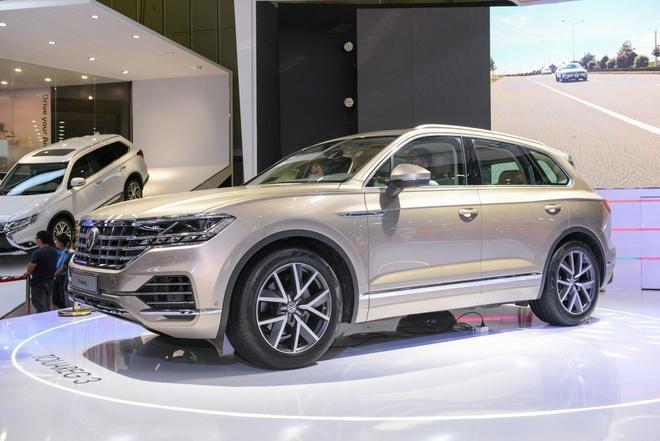 Chi tiet Volkswagen Touareg 2019 - xoa mac xe pho thong hinh anh