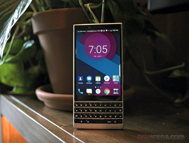 anh BlackBerry KEY2 anh 12