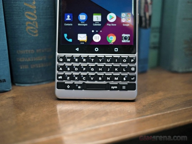 anh BlackBerry KEY2 anh 6