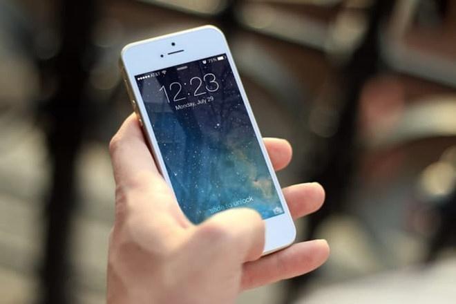 co nen nang cap iOS 12 anh 1