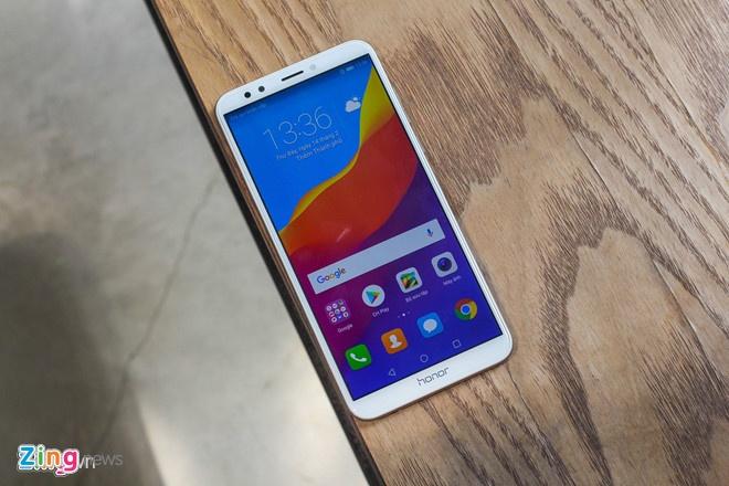 5 smartphone tam trung gia mem vua ve Viet Nam hinh anh 1
