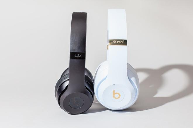 Apple sap tung AirPods 2 va mot tai nghe trum dau cao cap hinh anh