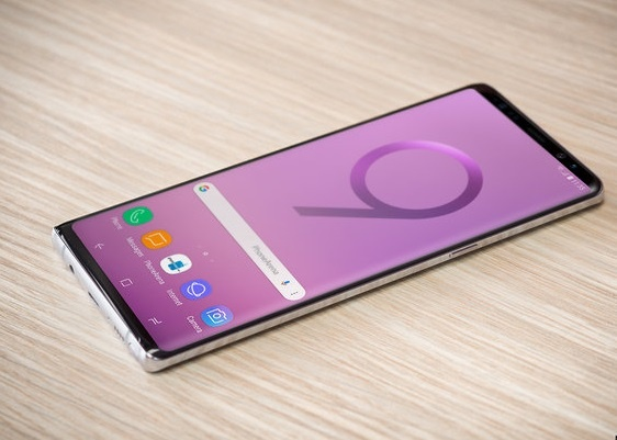 Galaxy Note 9 co the len den 1.000 USD, ngang ngua iPhone X hinh anh