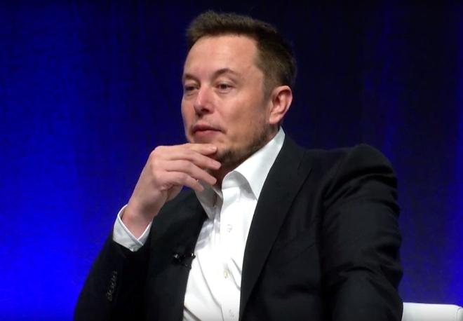 Elon Musk dinh lap tau ngam co nho de cuu doi bong Thai Lan hinh anh