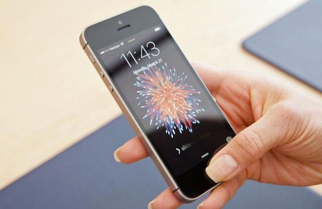 Nhung dieu khien iPhone SE con tuyet voi hon ca iPhone X hinh anh 2