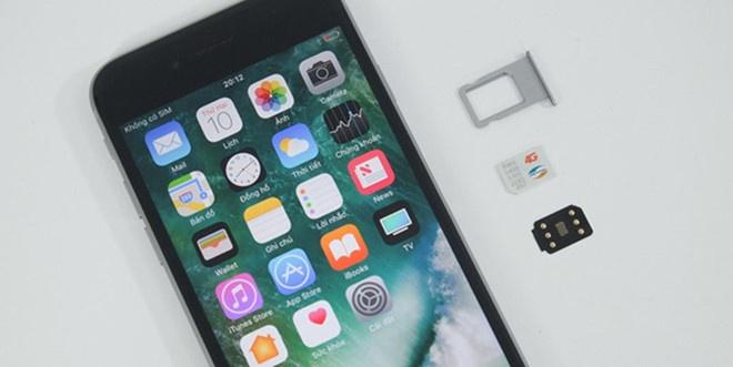 iPhone khoa mang thanh may quoc te, khong can SIM ghep o VN hinh anh