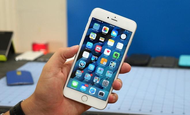 iPhone xach tay khan hang, nhieu dai ly giam gia ao de hut khach hinh anh 1