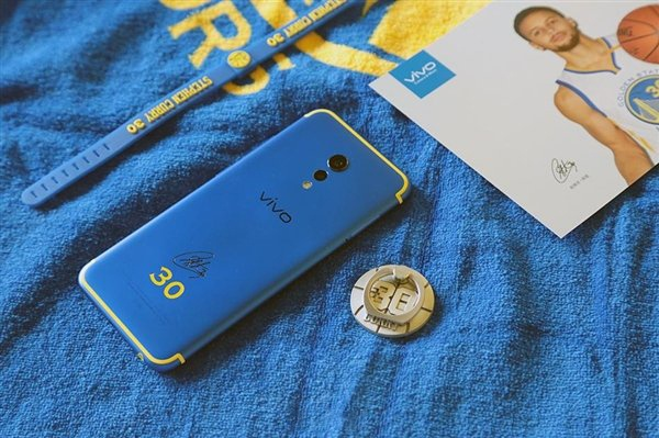 smartphone dac biet 2018 anh 4