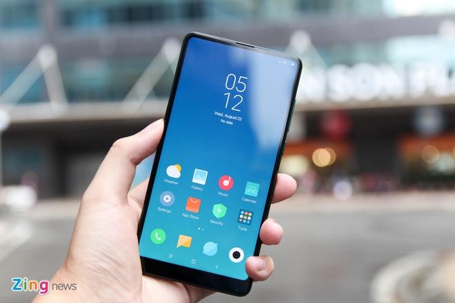 Xiaomi Mi Mix 2S xanh ngoc luc bao anh 1