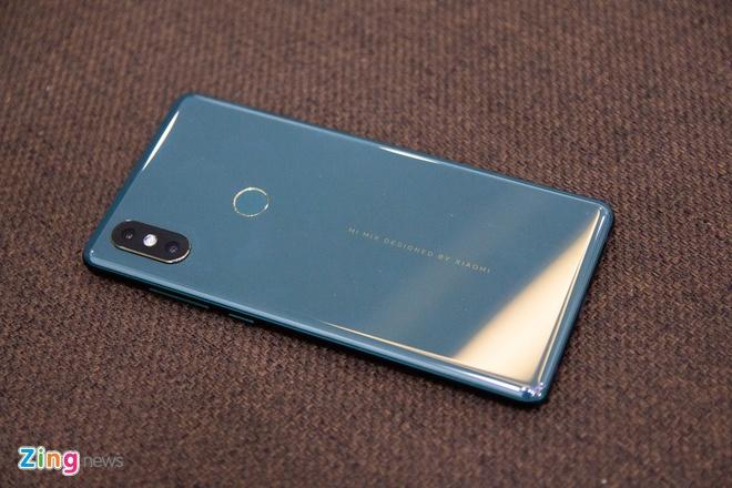 Xiaomi Mi Mix 2S mau xanh ngoc luc bao ve VN, gia 16,6 trieu dong hinh anh 8