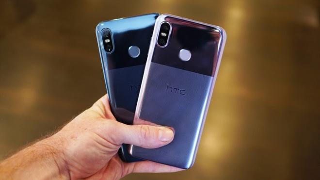 HTC U12 Life ra mat - thiet ke 2 tong mau, gia tu 408 USD hinh anh