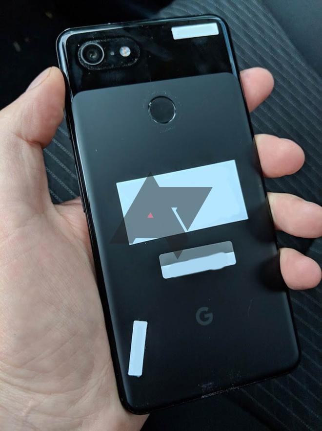 bo quen Google Pixel 3 XL tren oto anh 4
