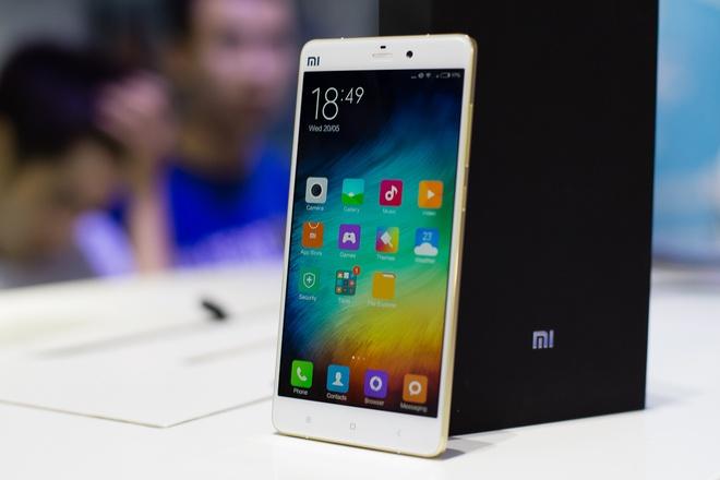Xiaomi tung chieu, cua hang dien thoai xach tay o VN gap kho hinh anh