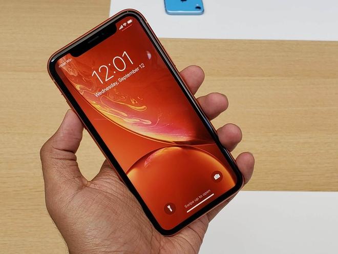 Anh thuc te iPhone XR - chiec smartphone thu vi cua Apple hinh anh 1