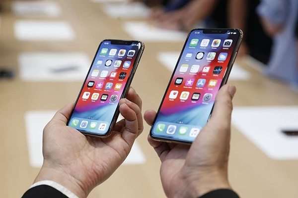 Bo hon 1.000 USD mua iPhone moi, nguoi dung van bi moc tui hinh anh
