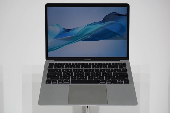 MacBook Air 2018 ra mat voi man hinh Retina, gia 1.200 USD hinh anh 1