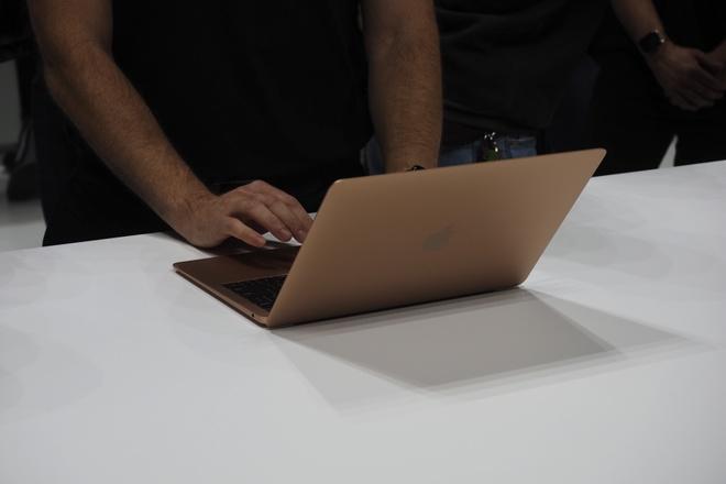 MacBook Air 2018 ra mat voi man hinh Retina, gia 1.200 USD hinh anh 5