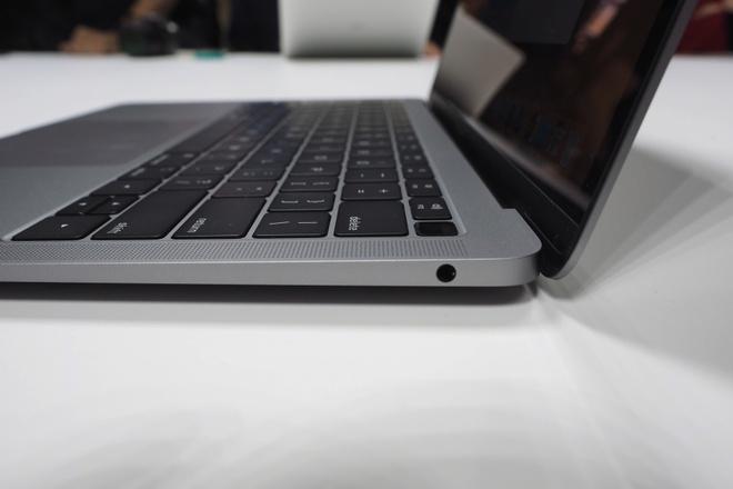 MacBook Air 2018 ra mat voi man hinh Retina, gia 1.200 USD hinh anh 3