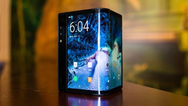 Smartphone man hinh gap dau tien vua ra mat hinh anh 3