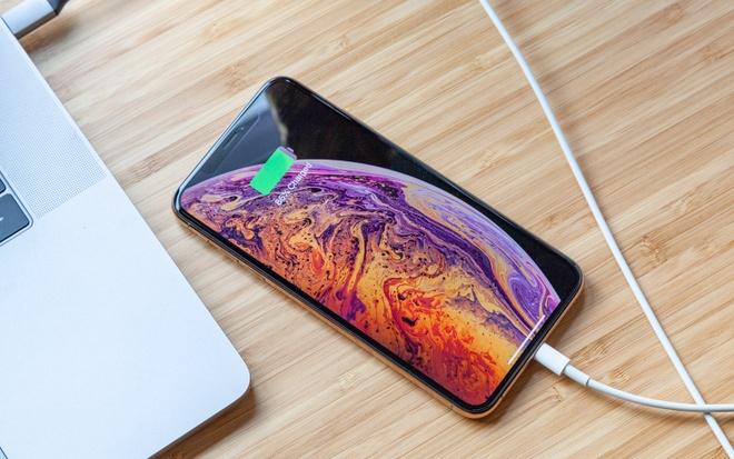 Cong lightning tren iPhone sap bien mat? hinh anh
