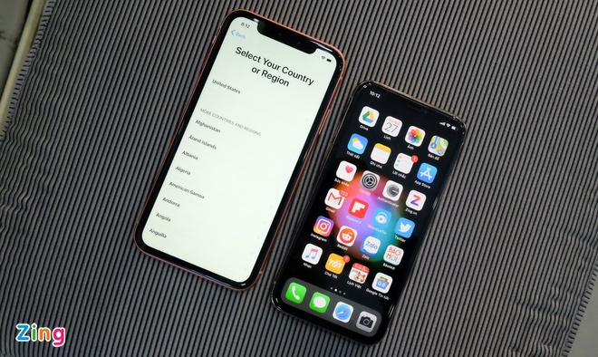 iPhone XR khoa mang ve VN - gia cao, it nguoi quan tam hinh anh 2