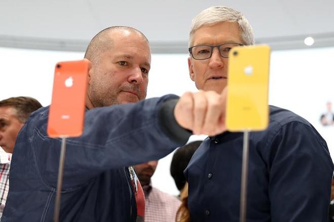 Tai sao iPhone XR tro thanh smartphone ban chay nhat cua Apple? hinh anh