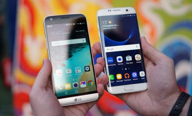 Smartphone Android cu dan vang bong tren thi truong xach tay hinh anh