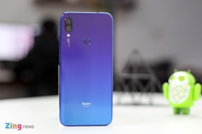2019 se la nam cua smartphone gia re hinh anh 2