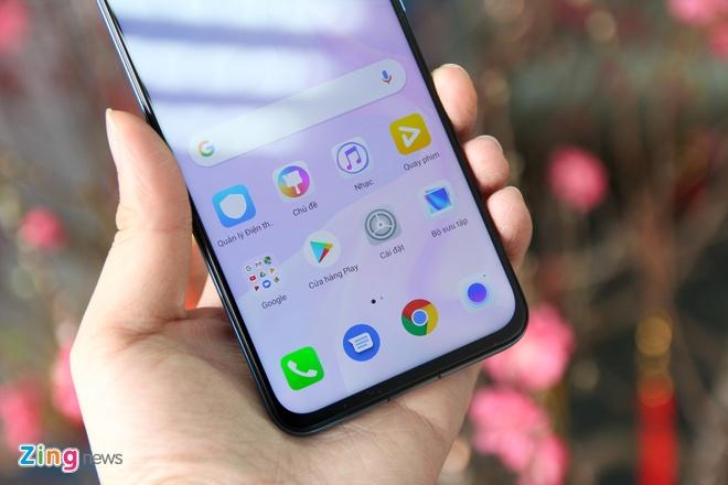Trai nghiem Huawei Nova 4 - man hinh 'not ruoi', gia tu 450 USD hinh anh 3