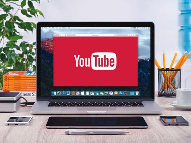 Lay thong tin tu bao chi, Facebook, YouTube se phai tra tien ban quyen hinh anh 1