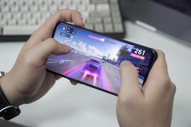 Trai nghiem Realme 3 Pro - Snapdragon 710, ho tro sac nhanh VOOC 3.0 hinh anh