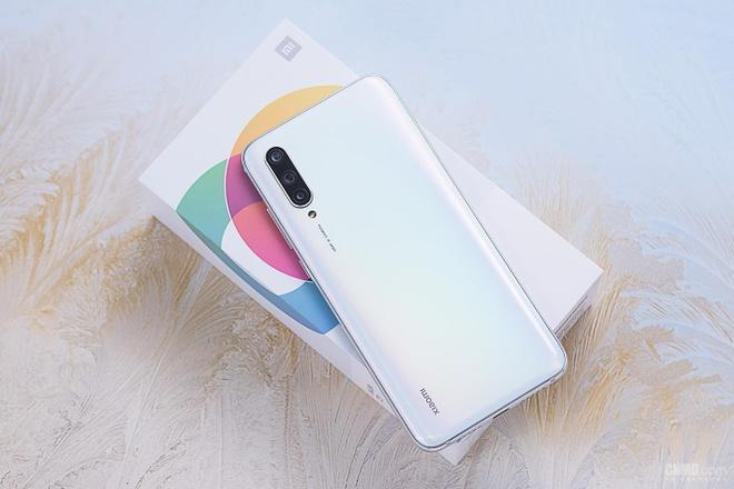 Loat smartphone dang chu y vua ban ra tai Viet Nam hinh anh 4